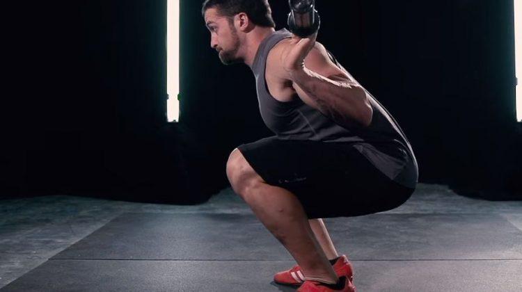Dřepy: Účinná cesta ke skutečně silným a pevným nohám