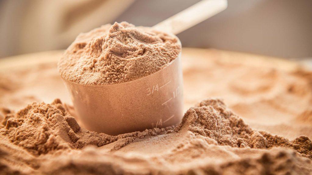 Bílkoviny – kolik jich pozřít pro svalový růst?