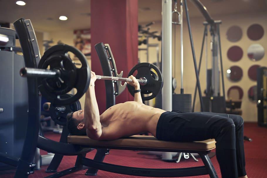cviky na posílení prsních svalů
